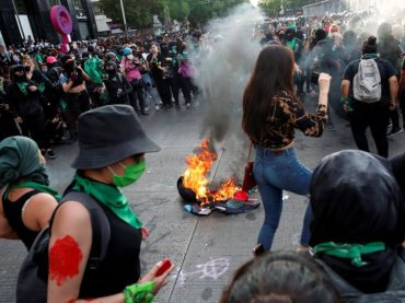 Women should decide whether to legalize abortion, Mexican president says