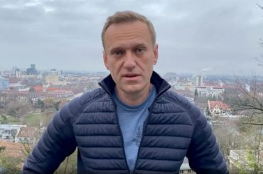 Ally of poisoned Kremlin critic Navalny jailed in Moscow for extremism