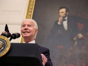 Biden wields executive power to tackle U.S. pandemic economic crisis