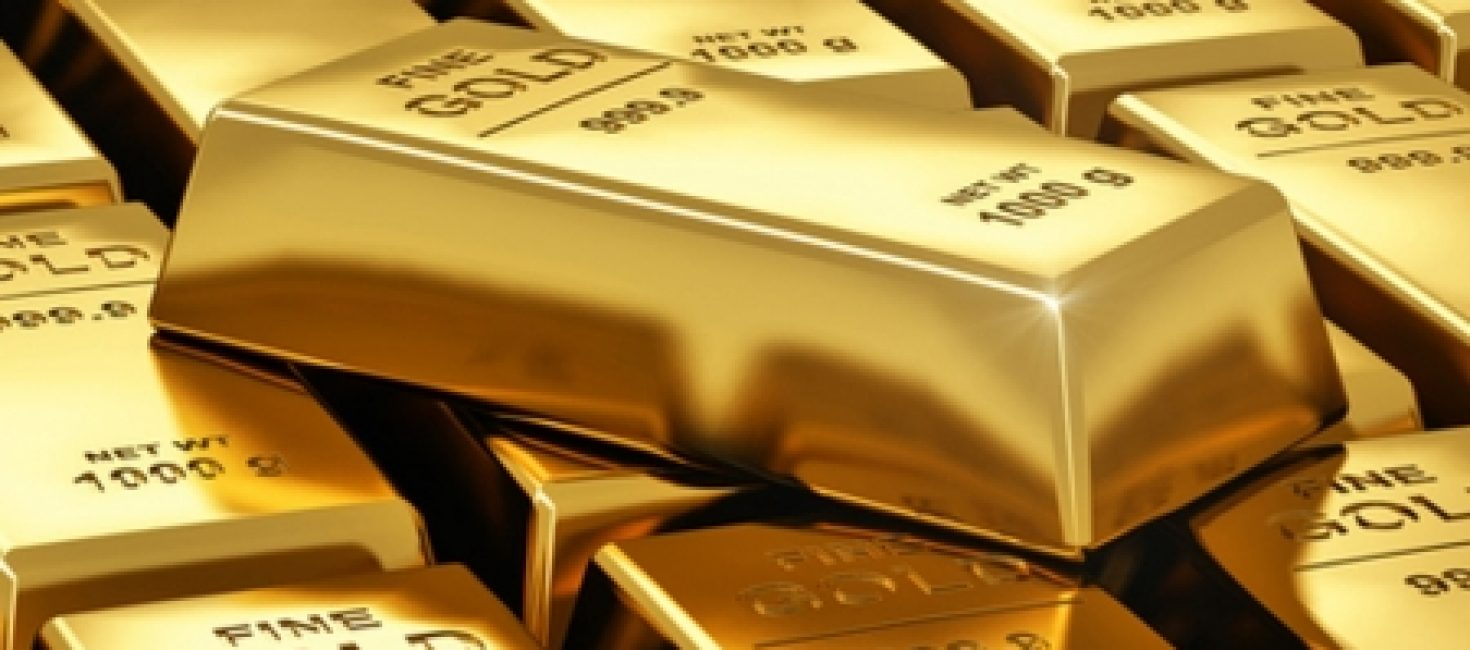 Gold up 1% on Week after Fencing With U.S. Yields, Dollar