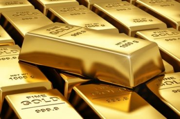 Gold Back Above $1,800 But Late to Inflation Party