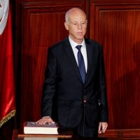 Tunisian president calls on banks to reduce interest rates