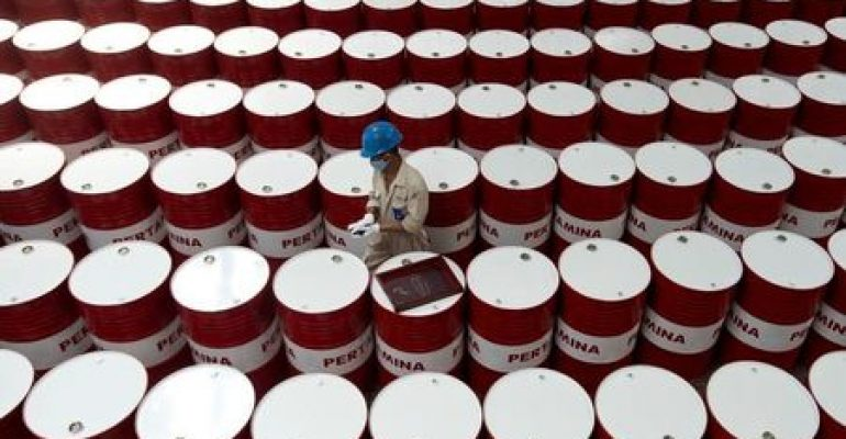 Oil Up, Remains Above $75 Mark, as Market Continues to Tighten
